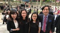 Bí mật của gia đình có hai cô nàng du học sinh xinh đẹp dành học bổng vào Harvard